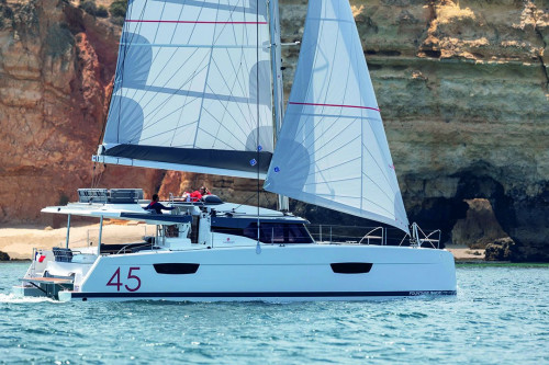 FOUNTAINE, PAJOT New 45
