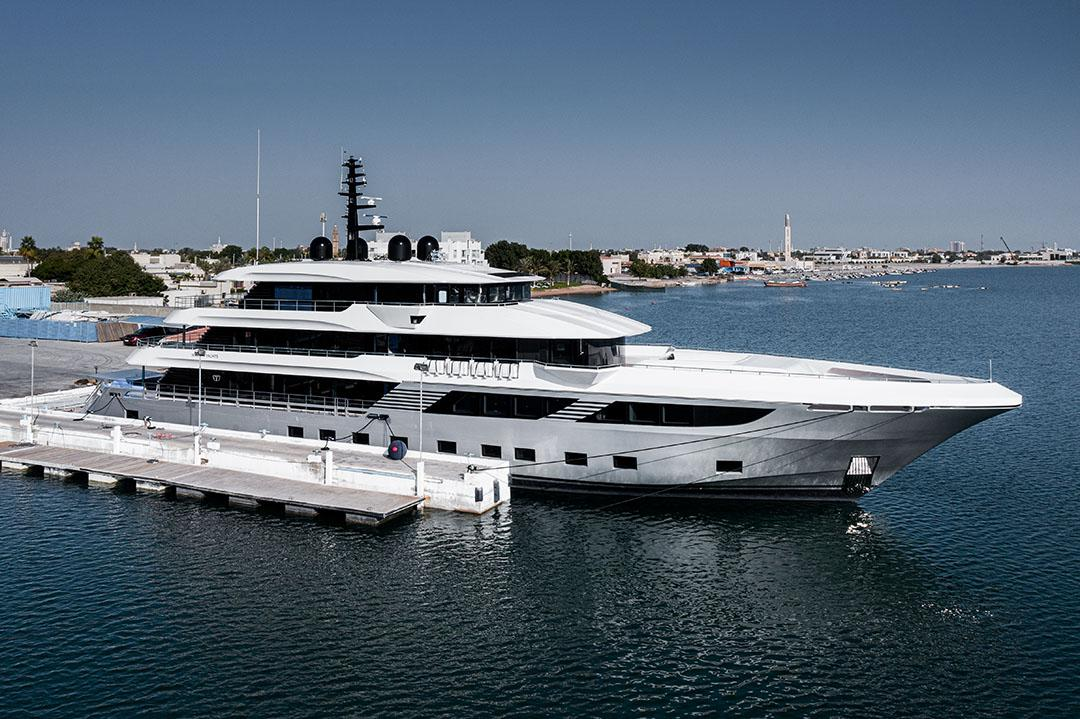 majesty 175 world s largest composite production yacht 1
