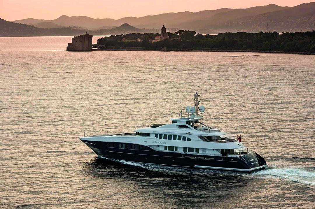 sirocco luxury motor yacht to charter on yotha _2